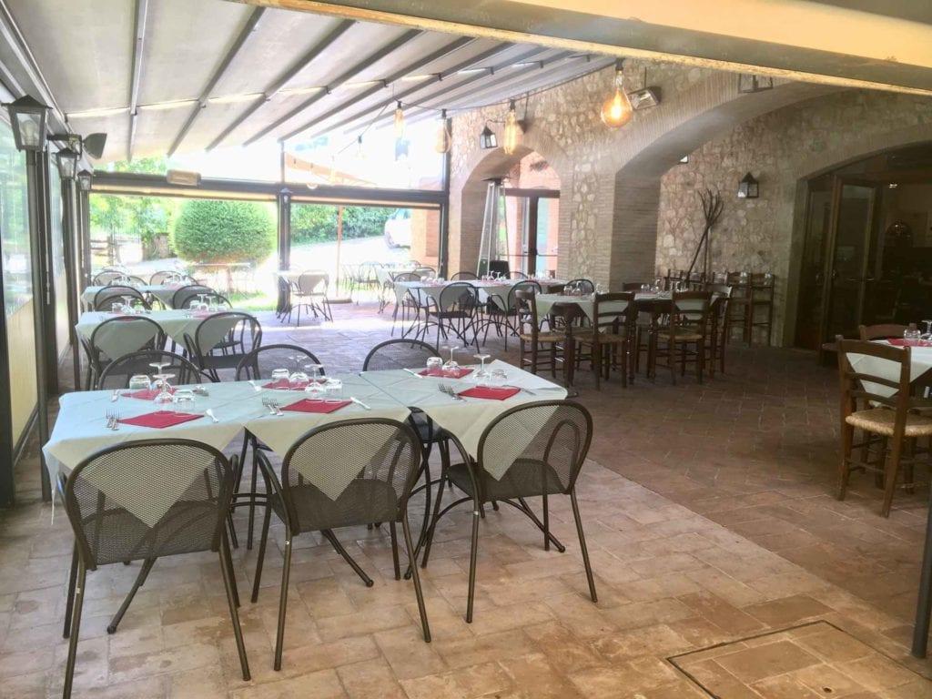 il ristorante a Norcia, la Taverna de' Massari, interni