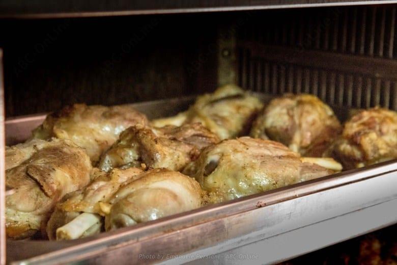 Oktoberfest a Norcia stinco di maiale al forno